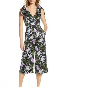 FoxieDox Floral Jumpsuit size Small New